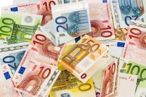 Kurs dolara i euro czekają na ważne dane. PLN z szansą na odbicie?