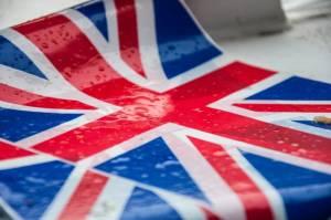 Kurs funta (GBP) pozostaje mocny i oczekuje na brexitowe porozumienie