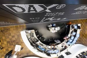 DAX zyskał dziś 0,33 procent, z kolei londyńskiFTSE100 odnotował minimalną stratę