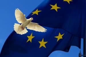 Wysoki kurs euro zagrożeniem dla strefy. EBC wpompuje 350 mld EUR?
