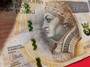 Kurs dolara (USD/PLN) mocno w górę, euro (EUR/PLN) również zyskuje do złotego