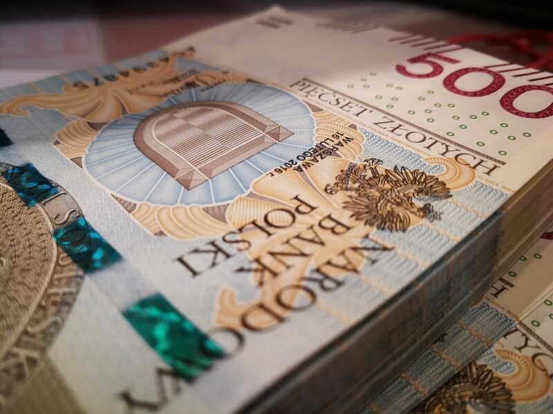 Kursy walut money forex global investment company dubai