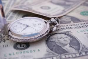 Notowania dolara podbijają do 3,72 PLN. USD/PLN broni wsparcia 3,70 PLN