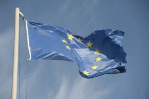 Euro ma potanieć, ale dopiero w drugiej połowie 2021 r., twierdzi mBank