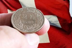 Kurs franka najwyżej od 3 lat, euro od grudnia. Dolar w górę, funt tanieje - 26 lutego