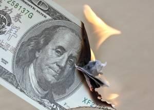 Notowania dolara amerykańskiego spadają. Para USD/PLN przy 3,94 PLN z szansą na 3,92 PLN