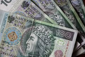 Kurs dolara (USDPLN) kończy dwutygodniowe wzrosty, frank szwajcarski (CHFPLN) również. Ile kosztują euro (EURPLN) i funt (GBPPLN) w czwartek, 14 listopada 2019 r.