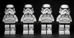 Brytyjski KNF ostrzega: Uważaj na klon brokera Plus500