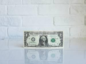 Kurs dolara kończy tydzień z silnym akcentem. EUR/USD w dół