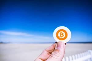 Bitcoin z nowym rekordem: kurs BTC powyżej 10 tys. dol. od ponad 100 dni