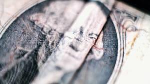 Kursy walut. Dolar tracił najsilniej od 2 miesięcy na Forex