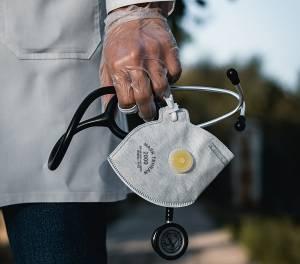 Neuca wspiera szpitale i sprzedaje maseczki aptekom po cenie dystrybucji