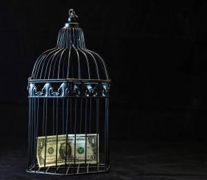 Kurs dolara zależny od rynku obligacji. USD/PLN nie pokonał 3,70 zł