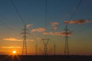 WIG-Energia zyskuje 140%. Akcje Tauron, PGE i Energa oczami M. Tuszkiewicza