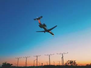 Linie lotnicze w USA w ruinie. Koronawirus zdewastował branże