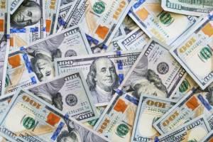Kurs dolara w górę, gdy Covid-19 zwiększa niepewność