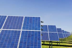 Spółka Unimotu ma umowę na realizację projektów farm fotowoltaicznych