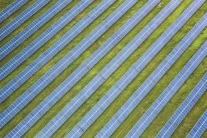 Berg Holding S.A.: spółka z Grupy podpisała umowę na realizację 25 farm fotowoltaicznych