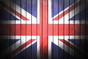 Kurs funta (GBP/USD) mocno w górę na początku tygodnia. PMI w UK powyżej oczekiwań