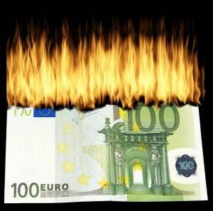 Kurs euro (EUR/USD) traci. Lagarde (EBC) dodatkowo osłabi EUR w czwartek?