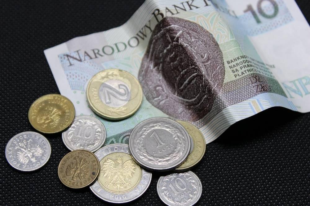 Dolar mocny przed wyborami. Kurs USD/PLN zmierza na 4 zł?
