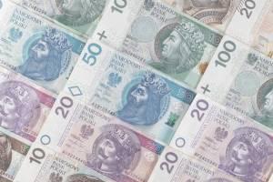 Kurs funta GBP/PLN odbija od kluczowego oporu. Ile będą kosztowały dolar USD/PLN, euro (EUR/PLN) i frank (CHF/PLN) po weekendzie?
