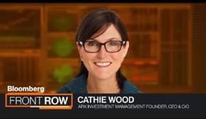 NFT są jak początek Internetu, bitcoin wzrośnie do 500 tys. dol., twierdzi Cathie Wood