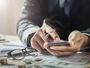 Na czym polega kredyt na spłatę chwilówek