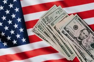 Bitcoin, ethereum i dogecoin mogłyby zastąpić gotówkę jako formę wypłaty, uważa 65,5% Amerykanów