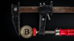 Bitcoin nie był tak tani od 5 marca. Kurs BTC/PLN spada od 9 dni