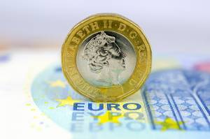 Wysoka inflacja CPI w strefie euro przekroczyła prognozy. Kurs EUR/USD w górę