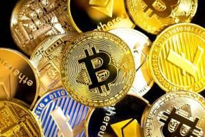 Bitcoin (BTC), ethereum (ETH), cardano (ADA), polkadot (DOT) i vechain (VET). Analizuje Justin Bennett