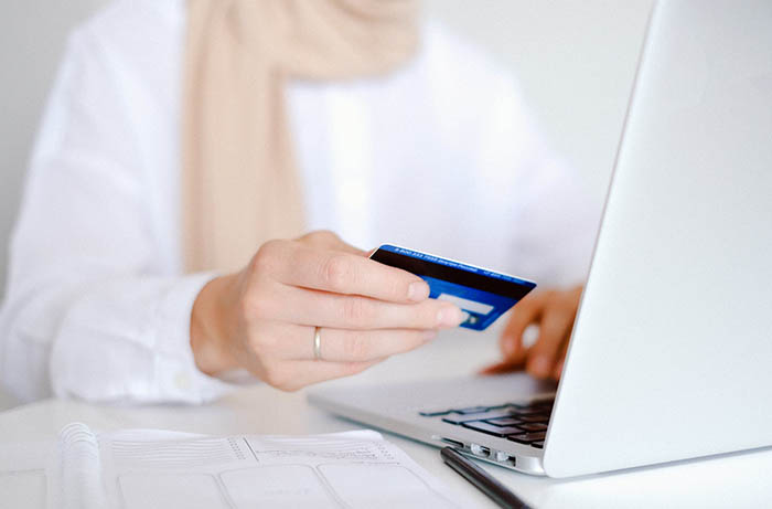Pozabankowe karty kredytowe zyskują na popularności 1