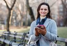 Pozabankowe karty kredytowe zyskują na popularności