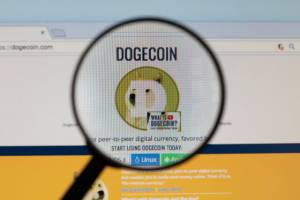 Dogecoin Millionaire nie sprzedał żadnego ze swoich DOGE i nadal kupuje kryptowalutę
